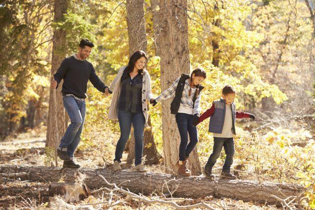 Marche à pied : bienfaits et bonnes pratiques : famille