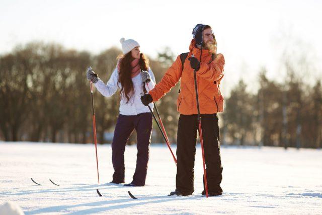 Physiothérapie et ski de fond: conseils et astuces pour une saison réussie