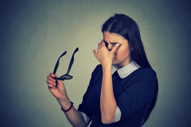 Vertige et physiothérapie: 6 fausses croyances qui vous feront tourner la tête