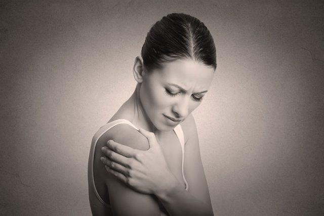 Capsulite, lésions de la coiffe des rotateurs et fracture de l'épaule: démarche clinique fondée sur des données probantes
