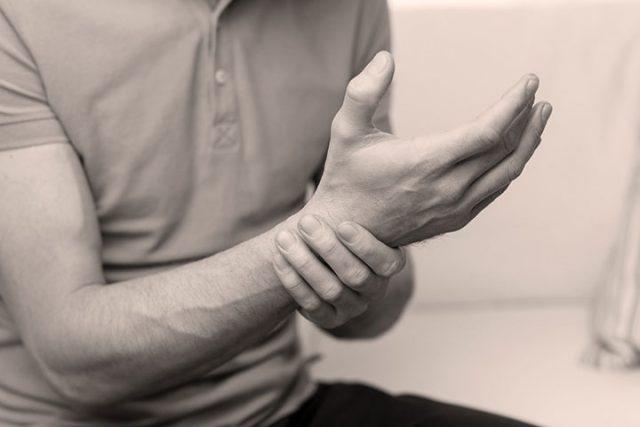 Pathologies musculosquelettiques du poignet et de la main: Interventions en physiothérapie fondées sur les données probantes